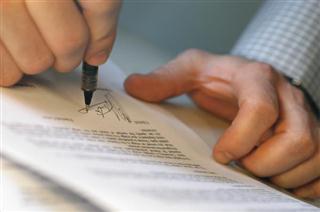 Particuliere koop en verkoop van woonhuis moet schriftelijk